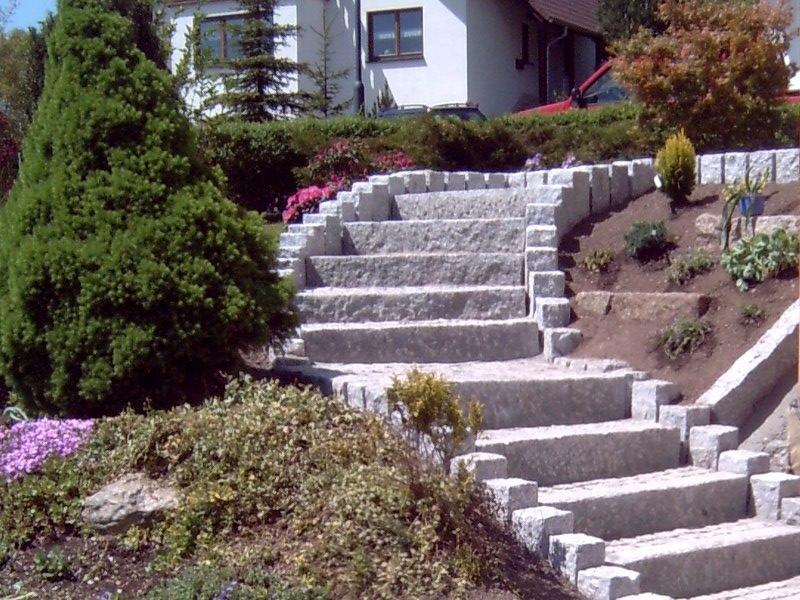Gartentreppe aus Granit